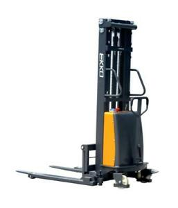 EKKO EA15B Semi-Electric Straddle Stacker 3300lbs. Cap., 119 Height