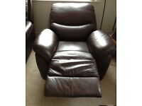 Lazboy leather recliner armchairs x 2