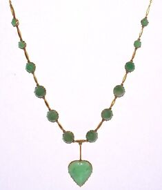 """BEAUTIFULLY CARVED JADE JADEITE 9CT GOLD NECKLACE FULLY HALLMARKED DROP 20 1/2"""" COOL WORK OF ART"""