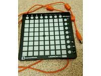 Novation Launchpad Mini, USB Control Surface for iPad/Mac/PC