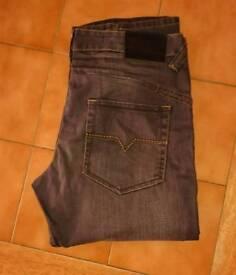 "NEW UNWORN ""BURTON"" black jeans"