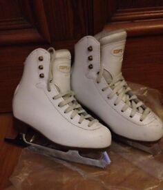 Graf 500 ice skates. ( figure skates) Size 31.