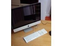"iMac 21.5"" in Great Condition, keyboard and mouse included"