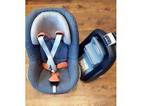 Maxi Cosi set ( Family fix + Pearl car seat ) GREY