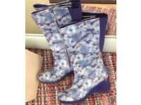 Rockport wellies for festivals size 8
