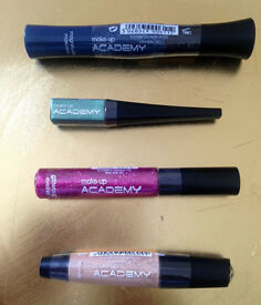 Make Up Academy x4