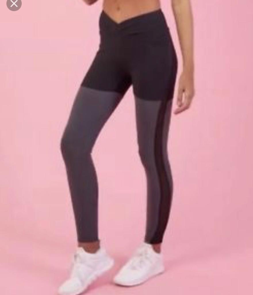 f823591e8f75c Gymshark LIMITED EDITION Nikki Blakketter Season 2 DYNAMIC leggings in  black M