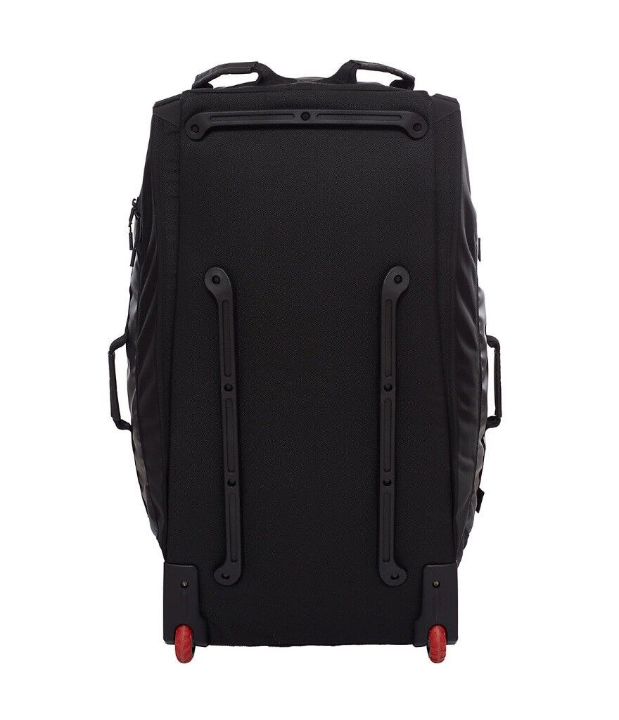 Brand New The North Face Rolling Thunder 36 Bag