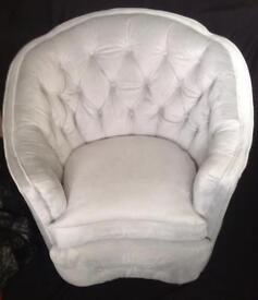 Stunning Velevt Chesterfield Chair