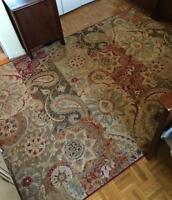 Luxury area rug