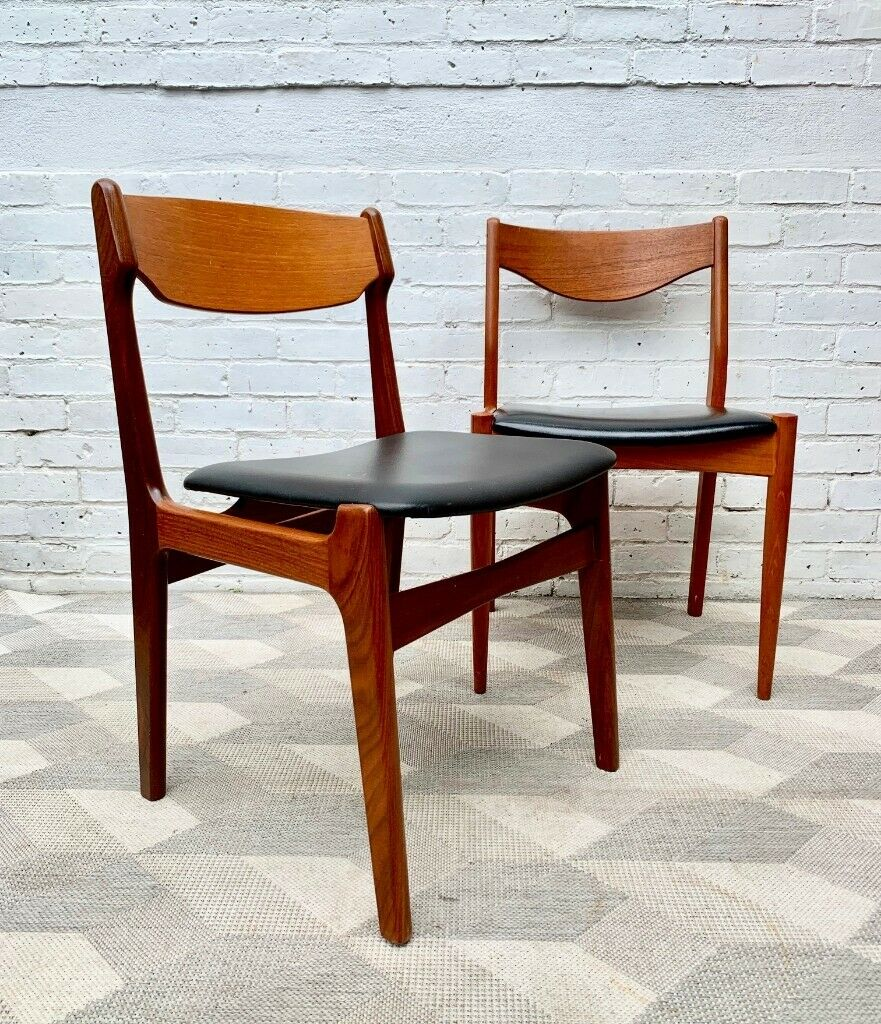 Superb Vintage Black Vinyl Dining Chairs X 2 Teak D137 In Stratford London Gumtree Gmtry Best Dining Table And Chair Ideas Images Gmtryco