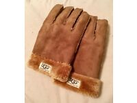 UGG Australia Sheep Skin Gloves, New, extremely warm, unwanted gift, city centre.