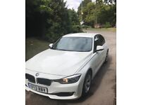 BME320D ED AUTO IN ALPINE WHITE WiTH FBMWSH