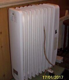White silvercrest 2000w oil heater radiator