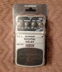 Digital Delay Guitar Pedal - Behringer DD400