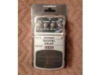 Digital Delay Guitar Pedal - Behringer DD400