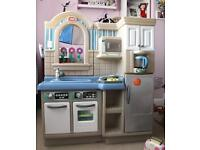 Little tikes cook and grill kitchen with extra