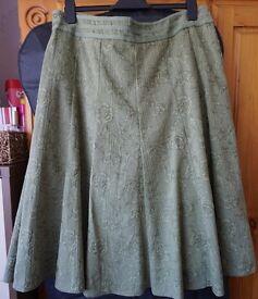 Ladies thick Per Una (Mars & Spencer) Skirt