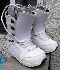 Ladie's ThirtyTwo EXUS Snowboard Boots Size 6.5 GC