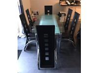 Table Extendable with 6 chairs