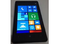 NOKIA LUMIA 820. 8GB. BLACK. UNLOCKED TO ANY NETWORK. IN MINT CONDITION. £85.00 ono.