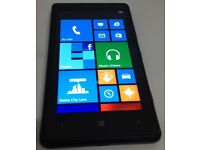 NOKIA LUMIA 820. 8GB. BLACK. SIM FREE. UNLOCKED TO ANY NETWORK. IN MINT CONDITION. £85.00 ono.