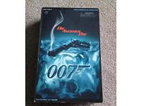 """Pierce Brown an as James Bond 12"""" figure collectable figure - Die Another Day"""