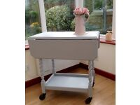 DROP LEAF VINTAGE TABLE IN SHABBY CHIC STYLE