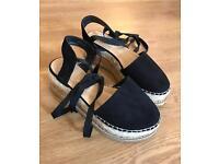 Lace up, ankle tie espadrille platform sandals size 6