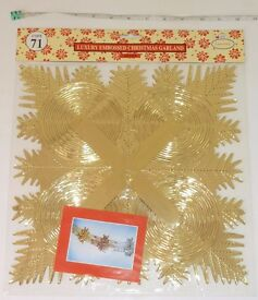 "12"" x 12"" Large Gold Embossed Christmas Garland"