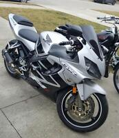 I'm looking to trade my 2001 cbr600f4i