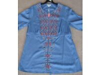 Monsoon Top *NEW* SIZE 14