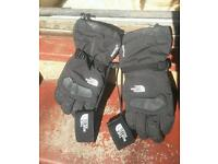 North Face Gore Tex Snowboarding gloves medium grab yourself a bargain £40 everything mu
