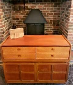 Nathan Vintage/Retro Solid Teak Sideboard/Cabinet/Drawers/Unit - Mid Century 1970s - GPlan/Ercol
