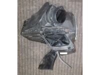 AUDI A4 B8 AIR FILTER BOX A5