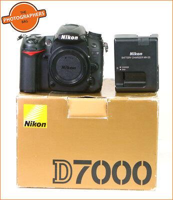 Nikon D7000 Digital SLR Camera Body Battery & Charger Free UK Post