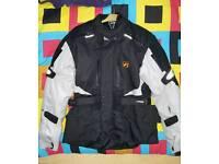 Motorcycle jacket knox protection