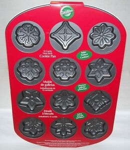 Wilton-SNOWFLAKE-Cookie-Pan-CHRISTMAS-HOLIDAY-Brand-New-w-Recipe