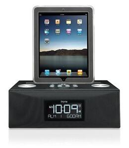 USED-iHome iD84BZ App-Enhanced Dual Alarm Clock Radio for iPad/iPhone/iPod with AM/FM Presets (Black)