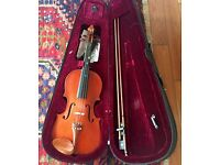 3/4 size violin, bow, chin rest and backpack carry case