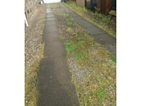 14-off (900 x 600 x 50) & 8-off (600x600x50) located in paisley, Concrete slabs / driveway stones