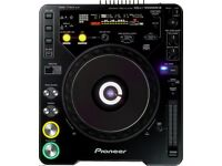 FOR SALE PIONEER CDDJ 1000MK PAIRS & MIXER ALSO INCLUDED