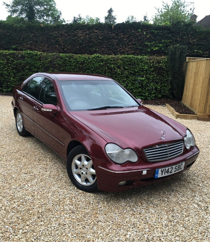 2001 mercedes benz c class c220 cdi auto turbo diesel saloon w203 in west drayton london. Black Bedroom Furniture Sets. Home Design Ideas