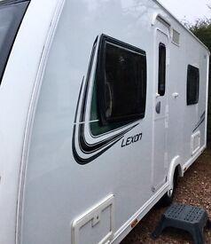 2013 Lunar Lexon 540 (Fixed Bed, End Washroom)