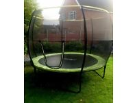 Rebo 10ft Base Jump Trampoline with Halo II Enclosure Net 1 year old