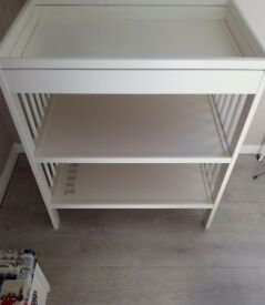 Changing table GULLIVER White baby ikea.like new