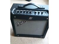 Electric Guitar Amplifier FENDER Mustang I