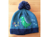 "kids little explorer hat ""roarsome"""