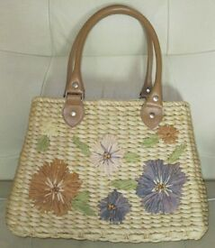 'FADED GLORY' Pretty STRAW HANDBAG - fully lined, floral design front, top handles, interior pocket