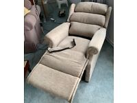 Riser recliner in full working order and in good condition